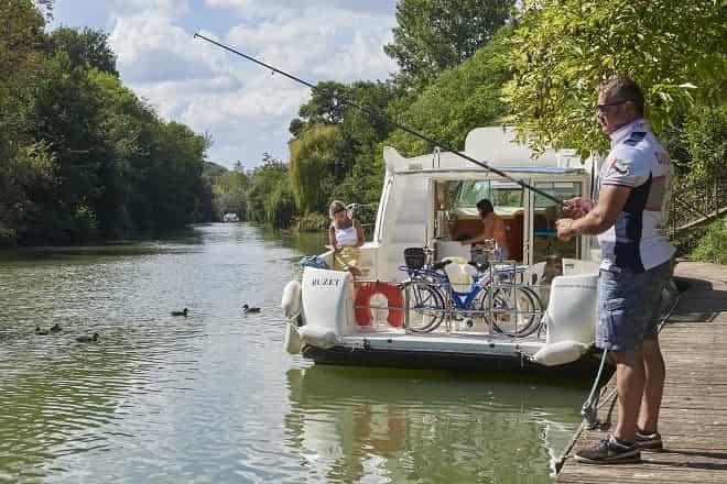 Foto: Traumhafter Hausbooturlaub in Frankreich