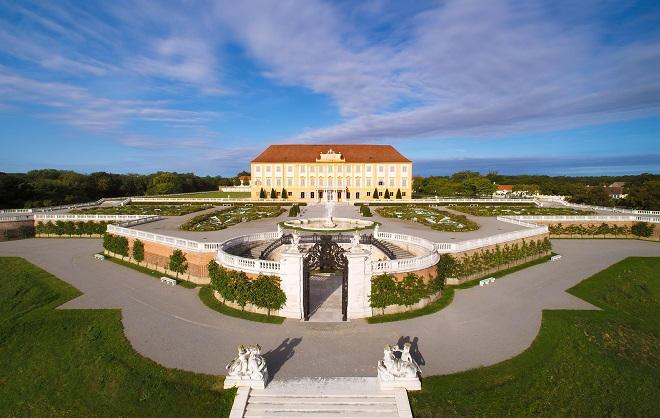 Bunter Veranstaltungsreigen auf Schlosshof
