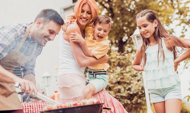 Grillen Mit Familie