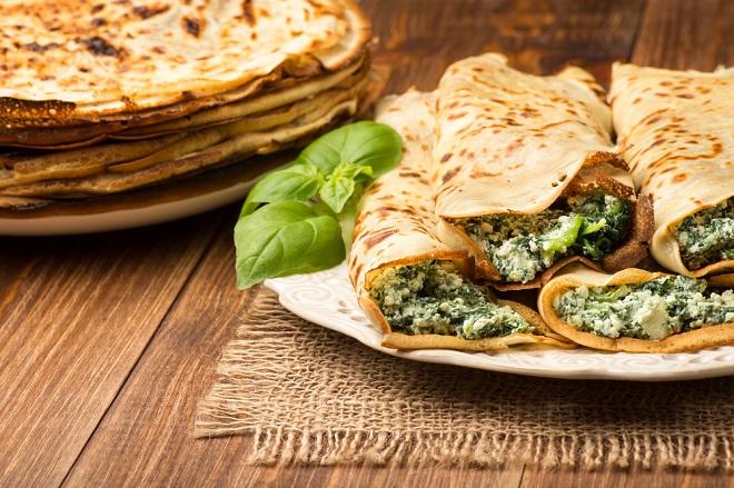 Pfannkuchen mit Ricotta-Spinat-Füllung